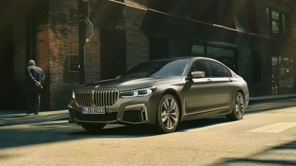 BMW 7er Limousine links vorne